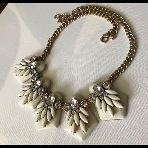 💝JCrew White Lucite&Crystals Statement Necklace💝